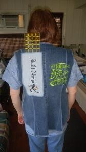 07 Jackie OBrien Easy Silhouette Vest Back IJ730