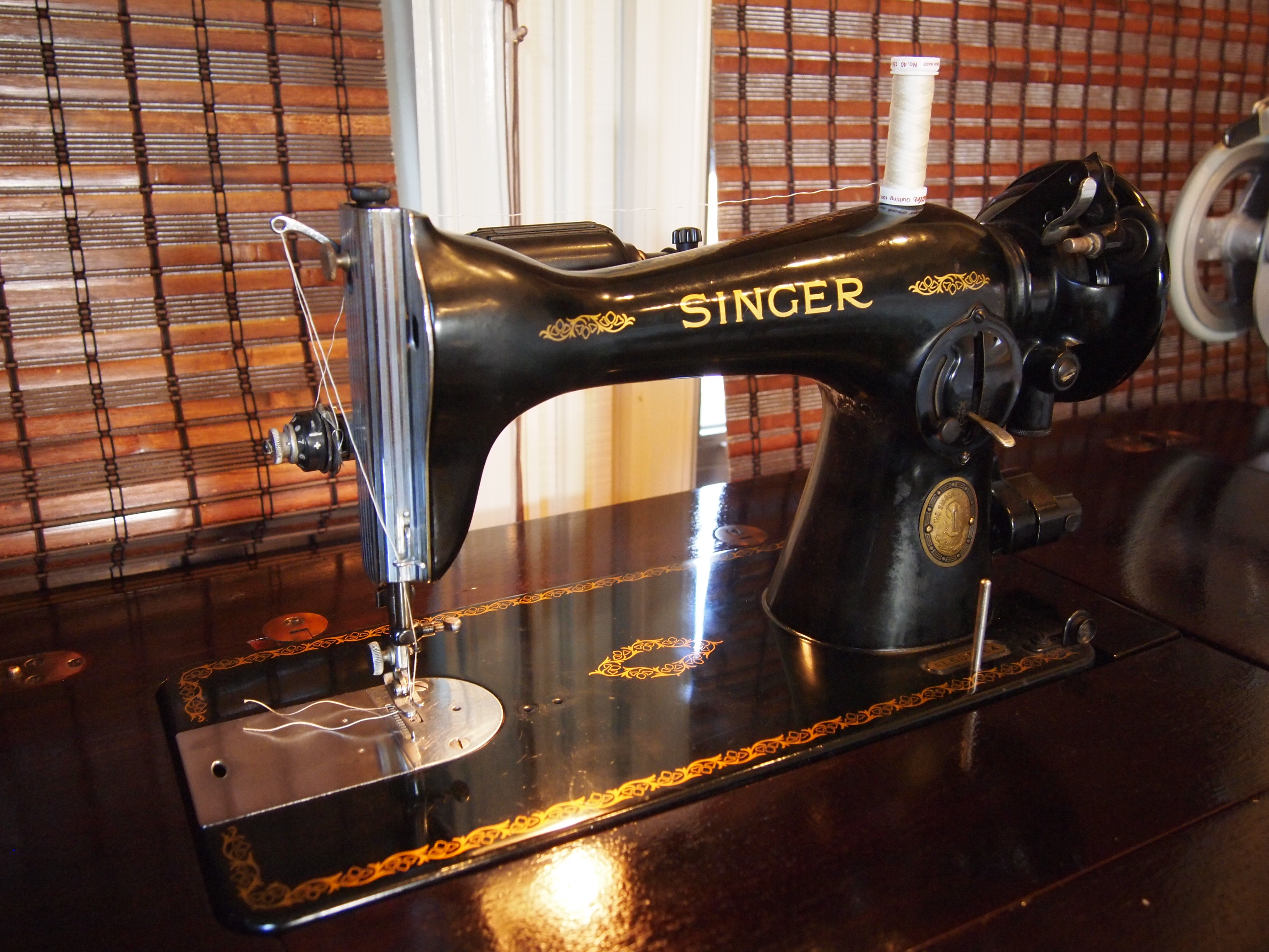 Sewing Machines I Love | If These Threads Could Talk